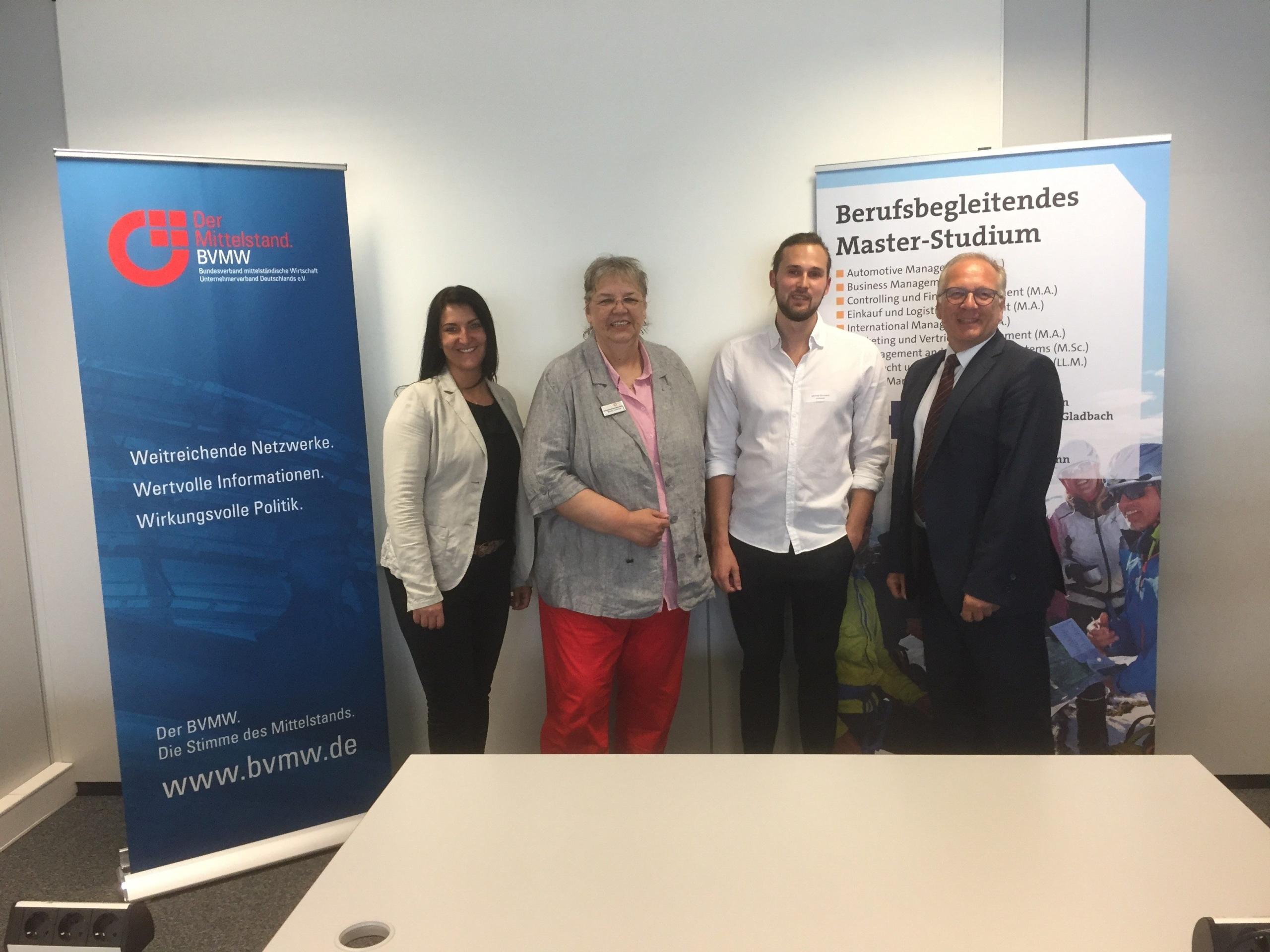 Inga Knoche referiert beim Meeting Mittelstand über erfolgreiches Mitarbeiter-Onboarding